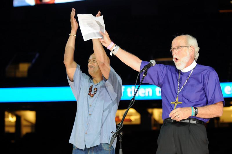 Presiding Bishop Mark S. Hanson and New Orleans Mayor Ray Nagin