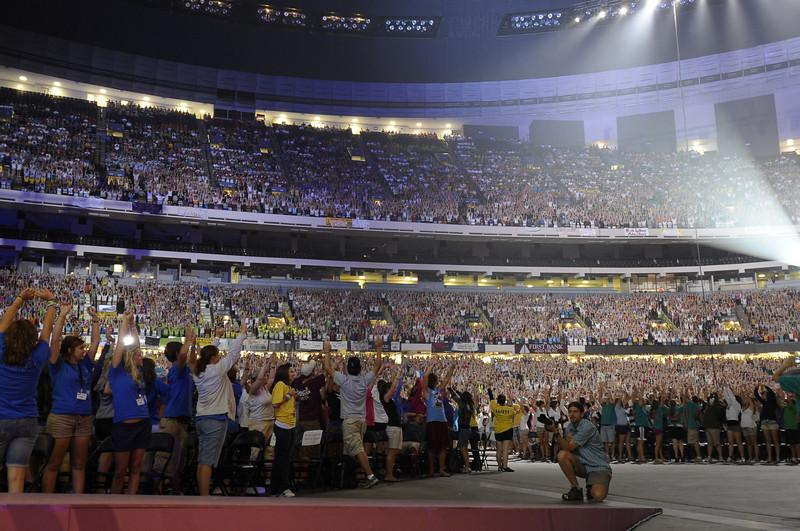 "Sunday's Closing Worship Service in the Superdome.  copyright © 2009, Erik Mathre, <a href=""http://www.eventpixels.com"" target=_blank>EventPixels.com</a>, <a href=""mailto:erik@eventpixels.com"" target=_blank>erik@eventpixels.com</a>"