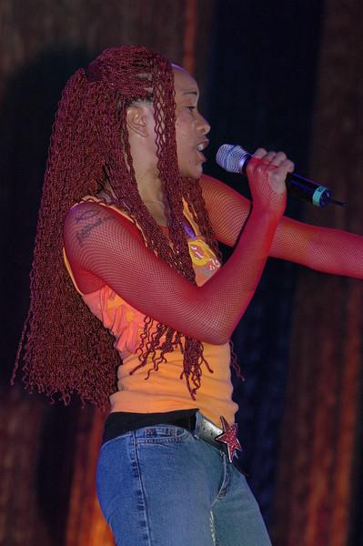 Kelly Glow (1)