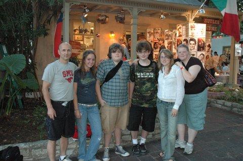 The Lake Jackson Texas Group in La Villita!