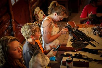 Cleaning guns