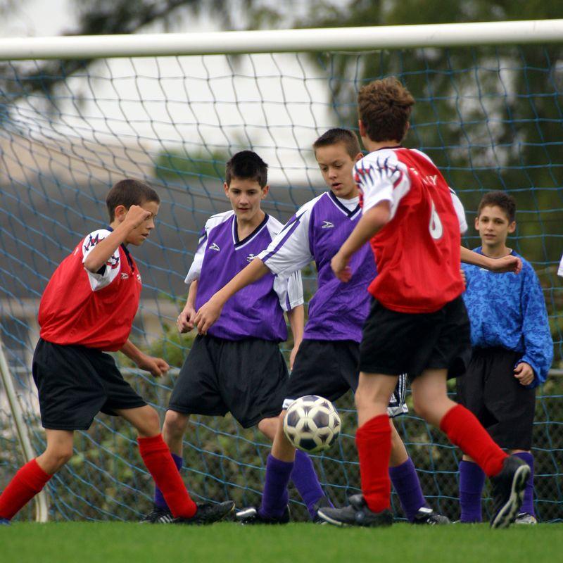 3 Daniel Wilson Soccer 04jan10- 092