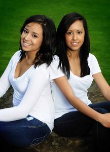 Amada & Diana Cruz