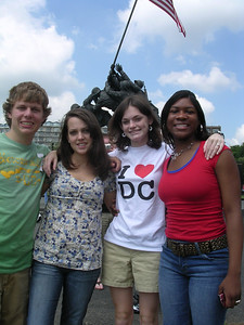 Day 5 - Derek Lee, Madeline Tucker, Christine Allen and Tiffani Gaskin at the Iwo Jima Memorial