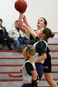 7th_GradeGirls_LourdesSL_Ambrose_12142013-20