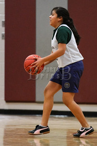 7th_GradeGirls_LourdesSL_Ambrose_12142013-25