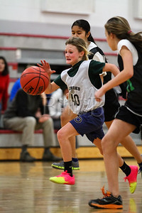 7th_GradeGirls_LourdesSL_Ambrose_12142013-24
