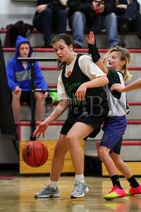 7th_GradeGirls_LourdesSL_Ambrose_12142013-14