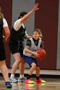 7th_GradeGirls_LourdesSL_Ambrose_12142013-7