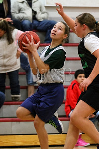 7th_GradeGirls_LourdesSL_Ambrose_12142013-31