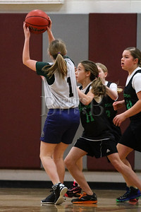 7th_GradeGirls_LourdesSL_Ambrose_12142013-8