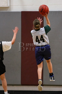 7th_GradeGirls_LourdesSL_Ambrose_12142013-16