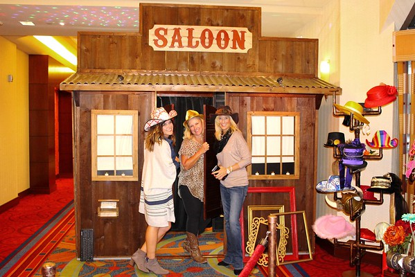 saloon-photo-booth-youthfront