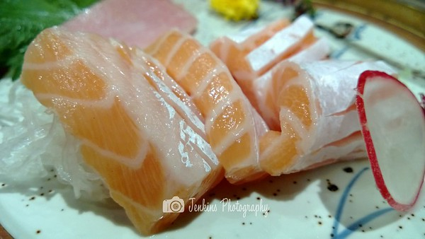 The colour of the raw fish is richer too -- Tampopo@Liang Court