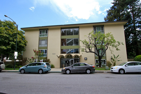 1031 Crestview Dr #106, Mountain View