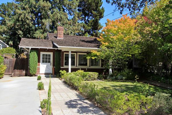 1511 Waverley St, Palo Alto
