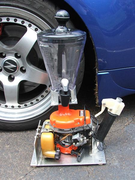 Yup-its a weedwacker motor on a blender!!!!