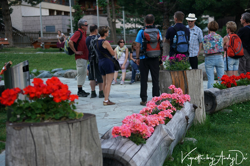 Only in Switzerland will you find such novel ways of sculpting wood - from building houses to these adorable, eco-friendly pots for the flowers which lend to the character of the Alpine landscape of Zermatt!
