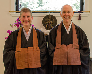 20130720-ZHS-Jill-brown robe-2744