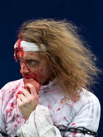 zombies-2015-151031-FFF-0058