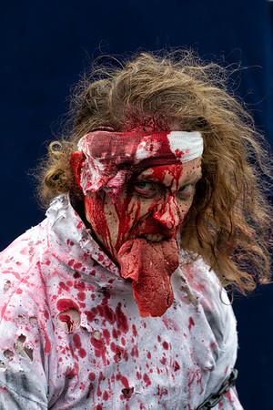zombies-2015-151031-FFF-0064