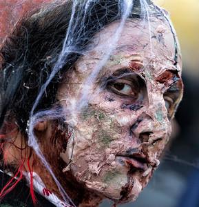 zombies-2015-151031-FFF-0574