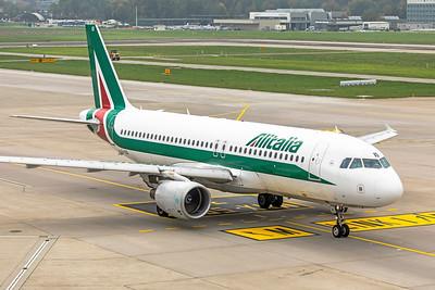 Alitalia Airbus A320-216 EI-EID 10-9-18