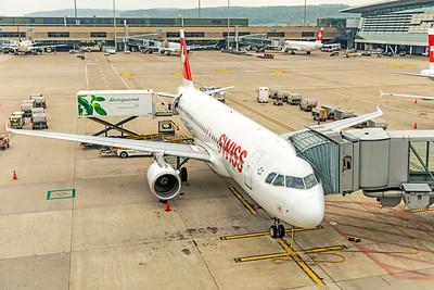 Swiss Airbus A320-214 HB-IJQ 10-9-18 2
