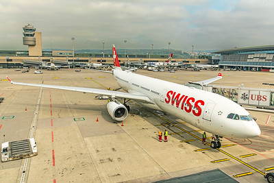 Swiss Airbus A330-343 HB-JHI 10-9-18 2