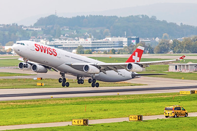 Swiss Airbus A340-313 HB-JMB 10-9-18