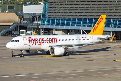 Pegasus Airbus A320-251N TC-NCA 10-10-19.jpg