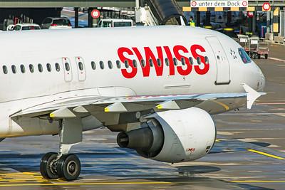 Swiss Airbus A320-214 HB-IJS 10-10-19