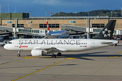 Swiss Airbus A320-214 HB-IJN 10-10-19 2