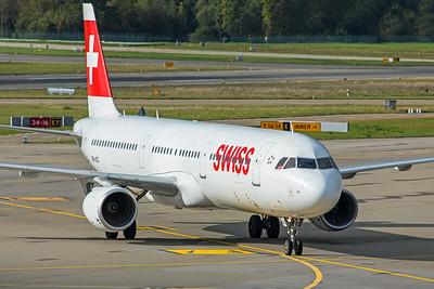 Swiss Airbus A321-111 HB-IOC 10-10-19