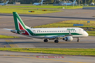 Alitalia Cityliner Embraer ERJ-170-200STD EI-RDA 10-10-19
