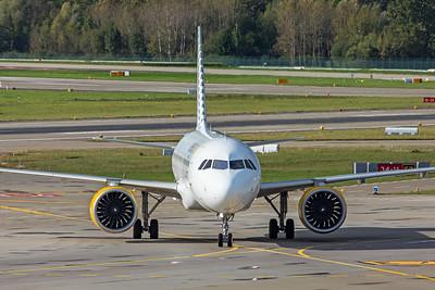 Vueling Airbus A320-271N EC-NDB 110-10-19