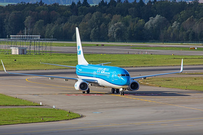 KLM Royal Dutch Airlines Boeing 737-8K2 PH-BCK 10-10-19