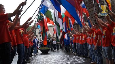 07_Flag Parade
