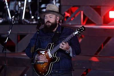 Zac Brown Band live at DTE on 6-8-2017. Photo credit: Ken Settle