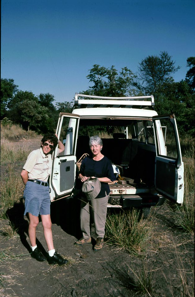 Nikki Ashley and Norma O'Keeffe on a ZOS expedition