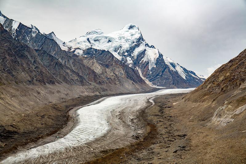 Drang Drung Glacier, Pensi La (4400 m).