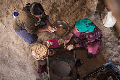 Getting lessons an making chapatis in our homestay at Sani in Zanskar valley