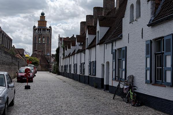 Balstraat, Bruges, shortly after noon
