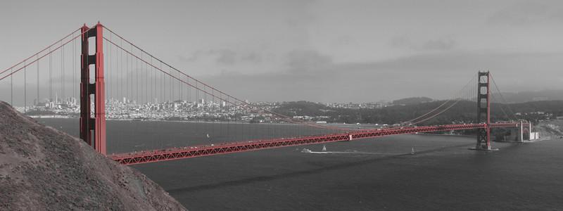 Golden gate b&w panoramic
