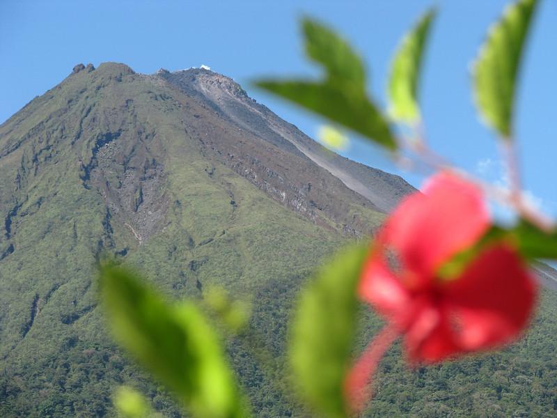 Arenal volcano 2 jpg