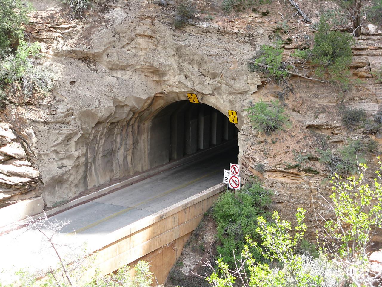 2011-04-21 Canyon Overlook 004