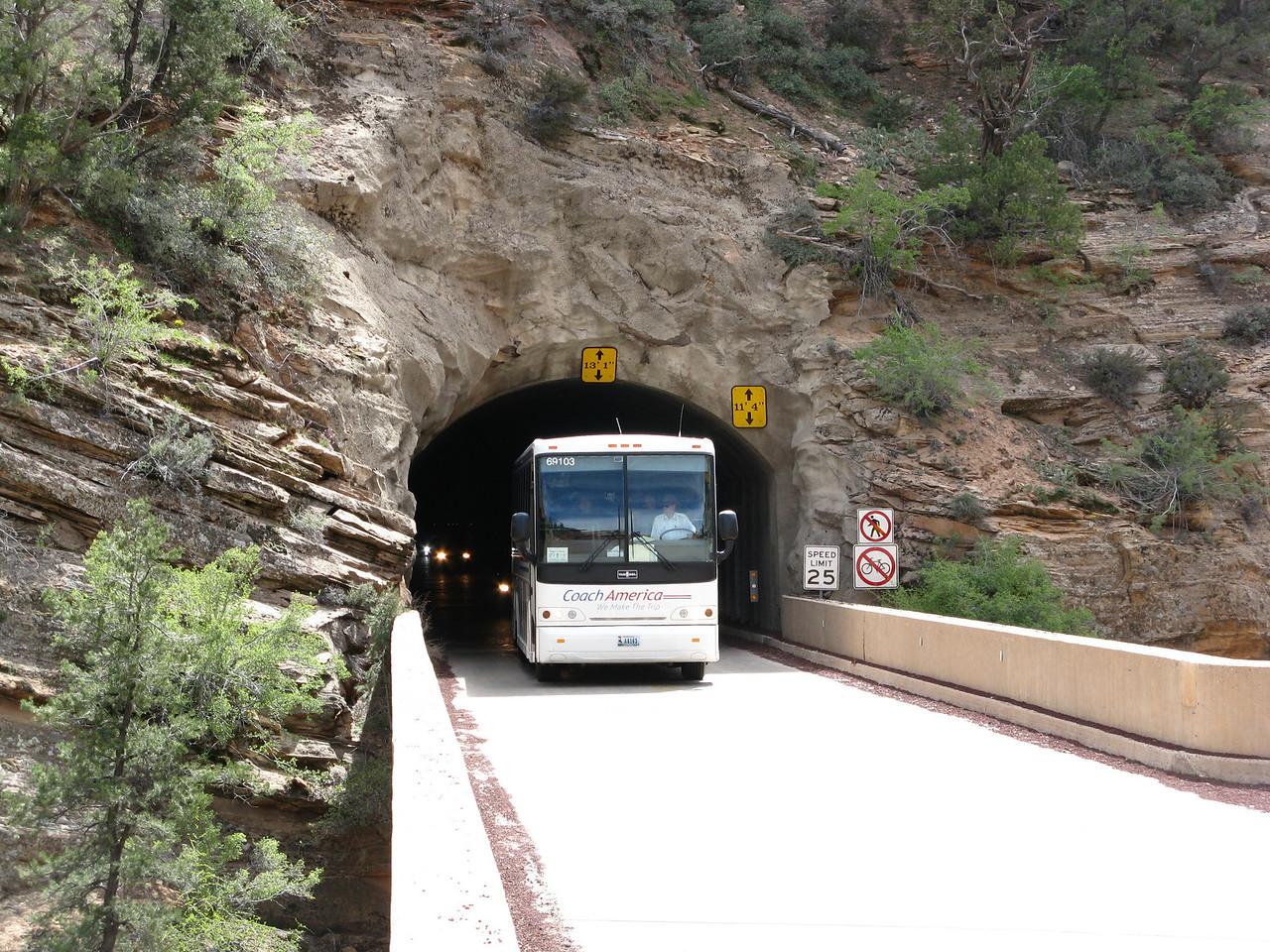 2011-04-21 Canyon Overlook 002