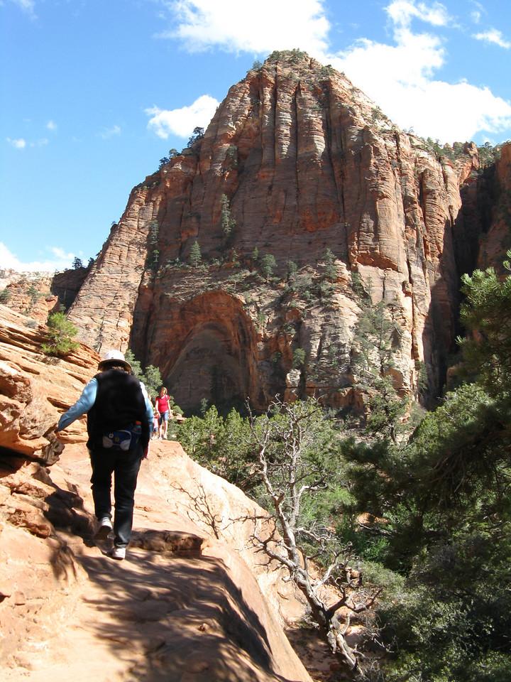 2011-04-21 Canyon Overlook 036