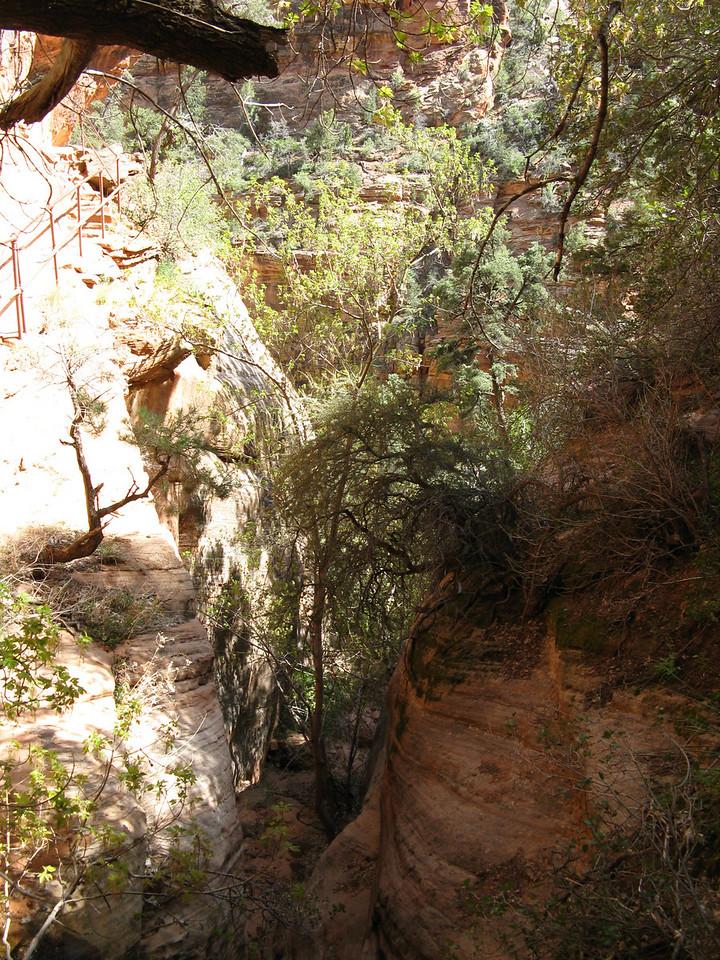 2011-04-21 Canyon Overlook 007