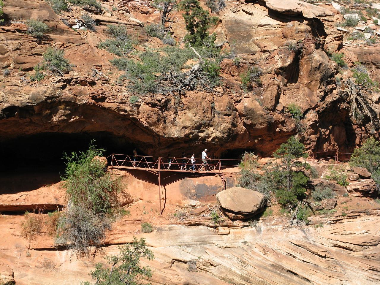 2011-04-21 Canyon Overlook 018